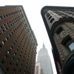 Wyłaniający się Empire State Building
